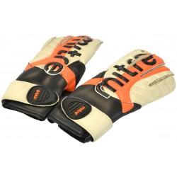 Rękawice bramkarskie Mitre Revive Is Roll G28007 R.7