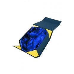 Etui welurowe z wnętrzem atłasowym w kolorze granatu